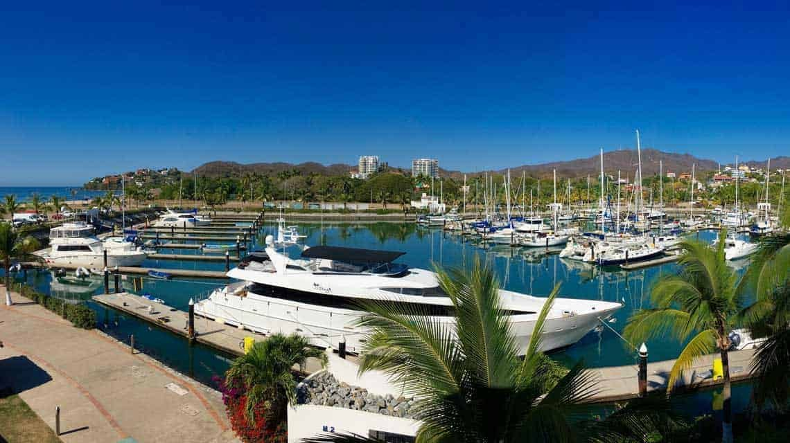 La Cruz Marina real estate