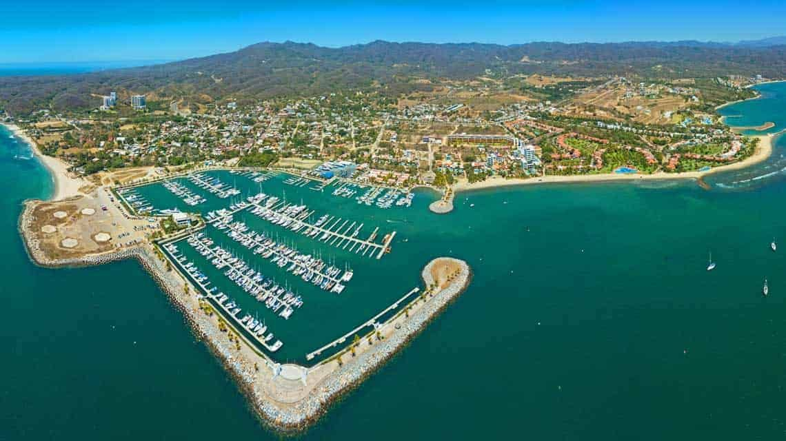 La Cruz Marina Properties