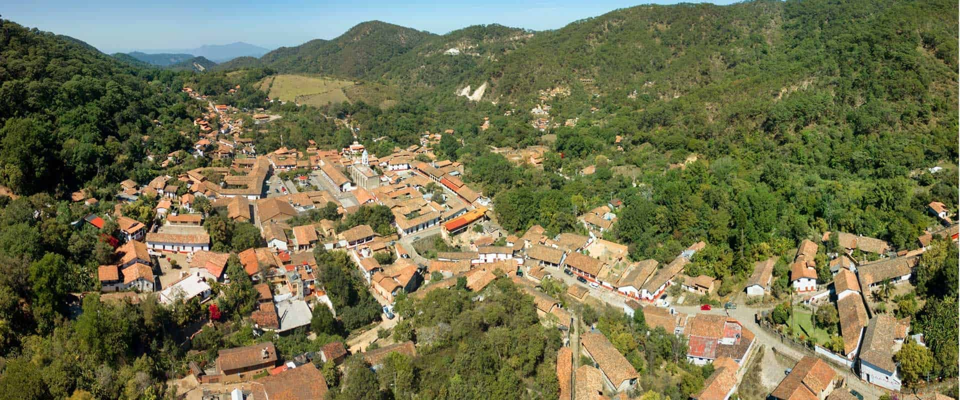 Bienes raíces en San Sebastián del Oeste