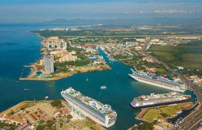 El Aeropuerto de Puerto Vallarta establece un record y PV gana un premio